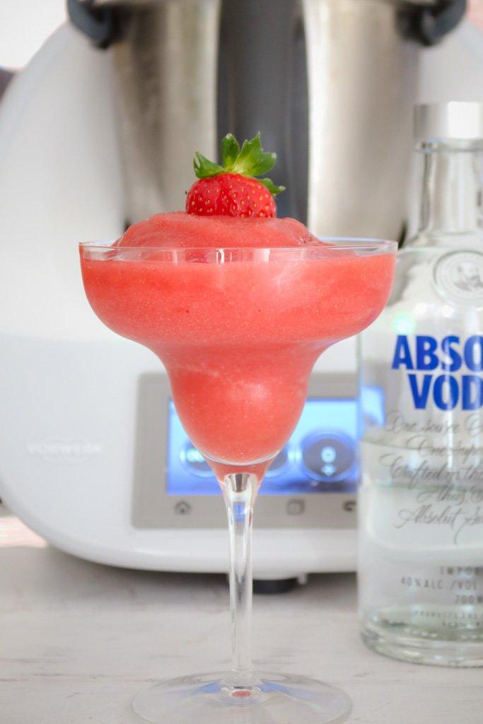 frozen strawberry alcoholic drinks
